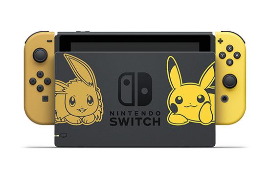 Dock d'une Nintendo Switch édition Pokémon Let's Go, Pikachu et Évoli.